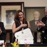 Catedrática de la UNAM ingresa a la Academia Mexicana de la Lengua