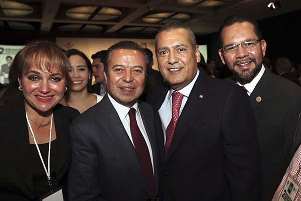 PRI, Panal y Verde frenan comisión especial para caso Ayotzinapa