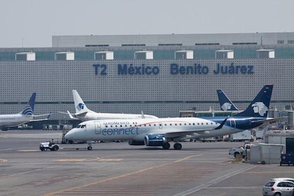 Suspenden vuelos del aeropuerto capitalino por desfile militar