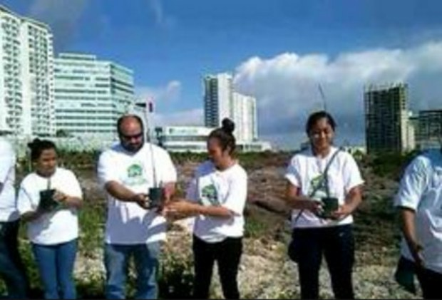 Tajamar: estudiantes de Tabasco donan 500 mangles para reforestar