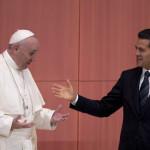 45% de los mexicanos opina que el Papa debió reunirse con padres de los 43