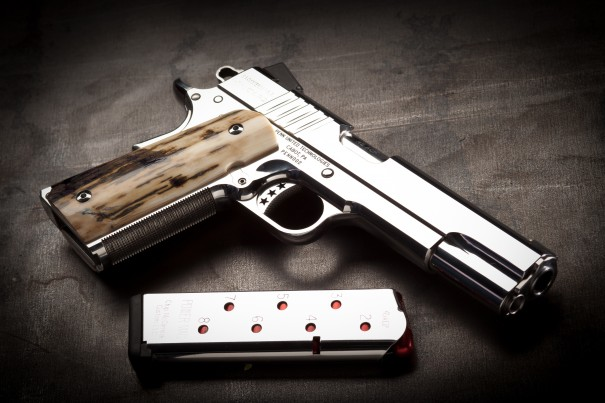 En vez de procurar seguridad, panista propone portar armas