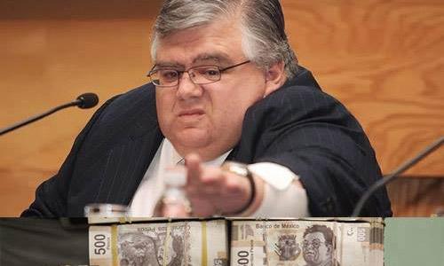 Carstens se va del Banco de México