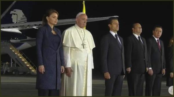 Papa Francisco: Sentía ganas de llorar por un pueblo tan sufrido