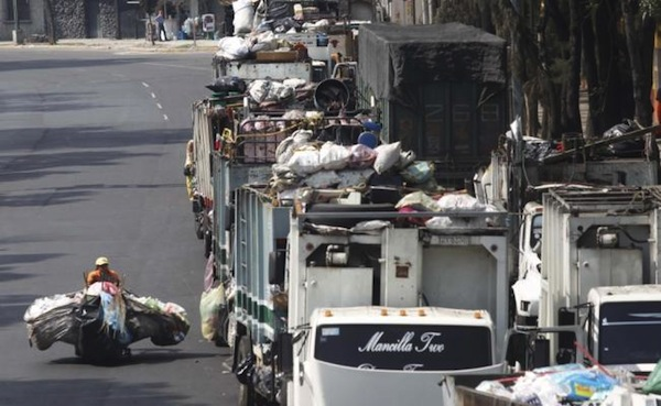 Polémica por la basura de la CDMX: Edomex no la recibe y se irá a Morelos