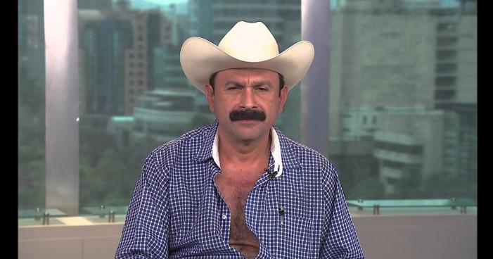 Otro Peña: Alcalde que 'robó poquito' no puede mencionar tres libros