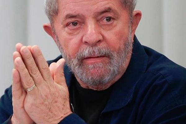 Lula da Silva presenta precandidatura para la presidencia luego de ser condenado