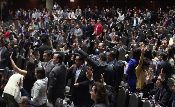 Diputados avalan reforma que permite suspender derechos humanos