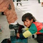Cientos de niños centroamericanos laboran en México: Investigación