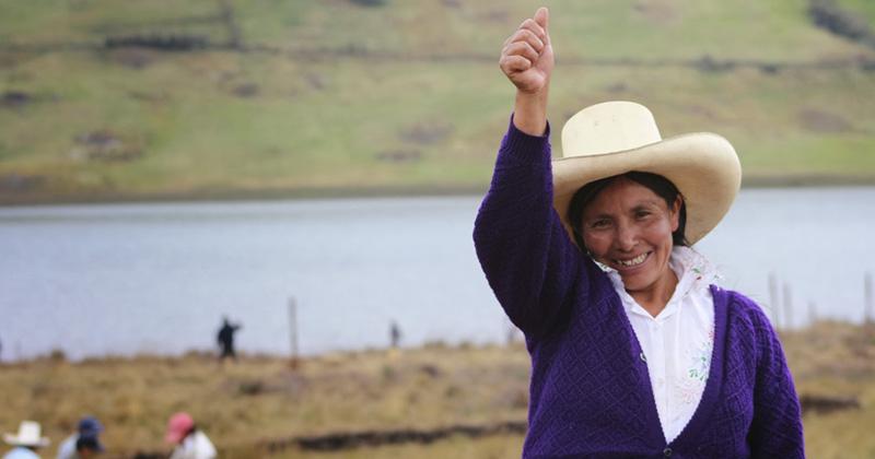 Máxima Acuña, campesina peruana, ganadora del premio Goldman 2016 minera mineras