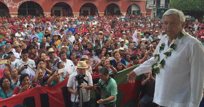 Putla de Guerrero Peña Nieto cómplice desaparecieron a los 43 AMLO