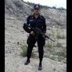 Suspenden a policía por fotos en topless