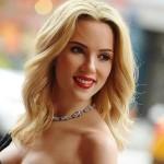 Scarlett Johansson convertida en robot humanoide