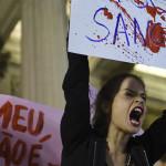 Detienen a uno de los 30 violadores de una menor en Brasil