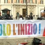 Italia aprueba unión civil entre parejas del mismo sexo
