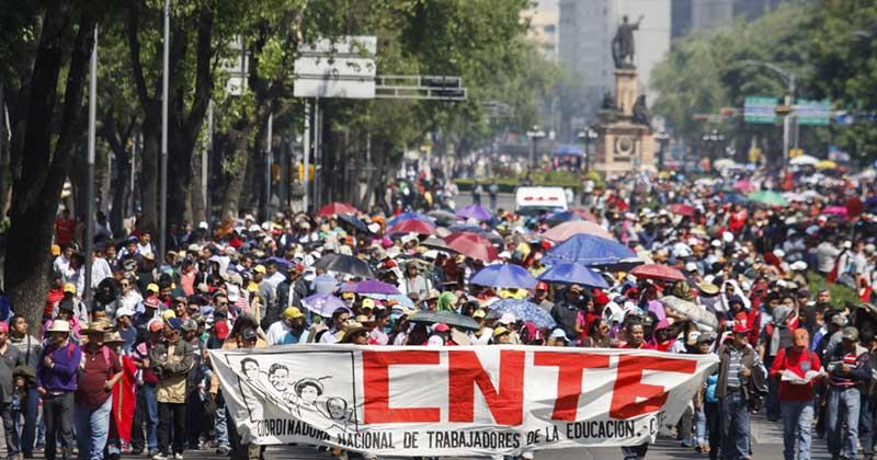 Maestros padres familia huelga nacional magisterial cnte Ciudad de mexico