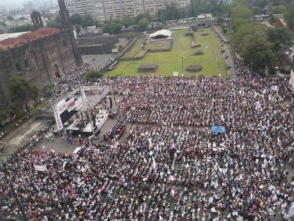Asegura AMLO que ganará varias gubernaturas y Constituyente. Con Juan F Rocha