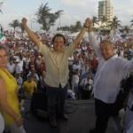 """Veracruz """"cansado de tanta pinche transa; Cuitláhuac García ganará """": AMLO"""