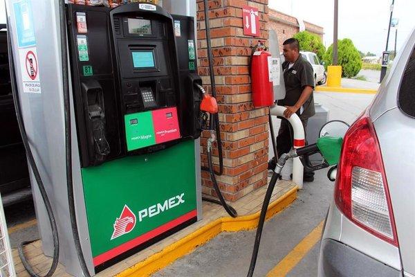 Gasolina Magna llegará a 15.17 y Premium a 16.09 por litro en 2017