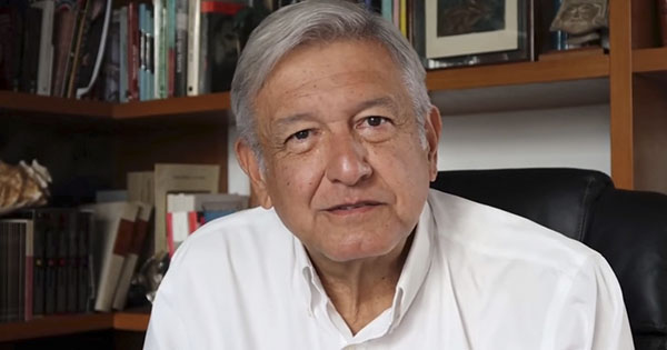 AMLO convoca marchar en silencio en protesta por represión en Oaxaca