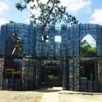 Botellas de plástico harán un villa en Panamá