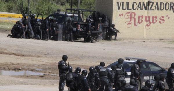 Nochixtlan Oaxaca policia armada contra maestros