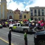 Exhiben en plaza de Xalapa restos de chico baleado por Policías para pedir justicia