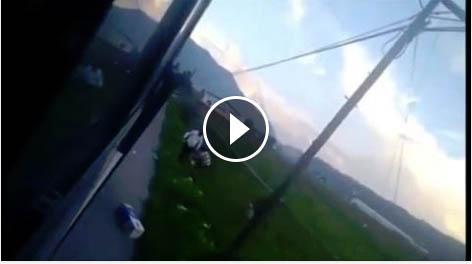Chofer de  Mexbús golpea a usuario