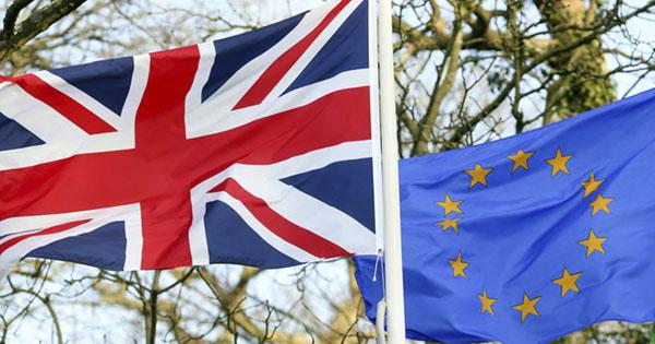 FMI chantajea a Reino Unido si sale de la Unión Europea