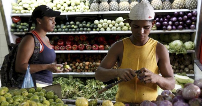 """En Venezuela """"Hay más colas para comprar barato que protestas"""""""