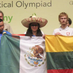 Jóvenes mexicanos ganan 3 medallas de plata en olimpiada de matemáticas