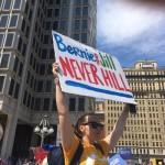 'Bernie debe retirar su apoyo': Twitter reacciona a la conspiración contra Sanders