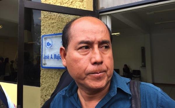Liberan, bajo fianza, a líder de la CNTE