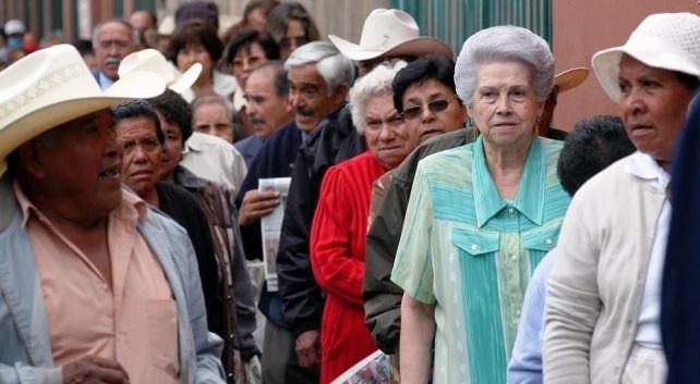 Sistema de pensiones no garantiza una vida digna a trabajadores: expertos