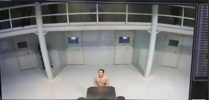 Osorio Chong comparte imagen de 'El Chapo' para desmentir fuga