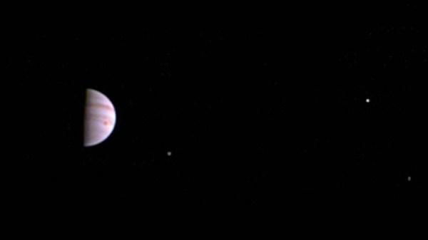 NASA difunde primera fotografía de la órbita de Júpiter