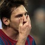 Messi y su padre condenados a 21 meses de prisión