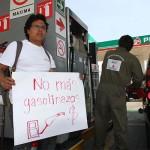 ¿Por qué en otros países baja la gasolina y en México sube?