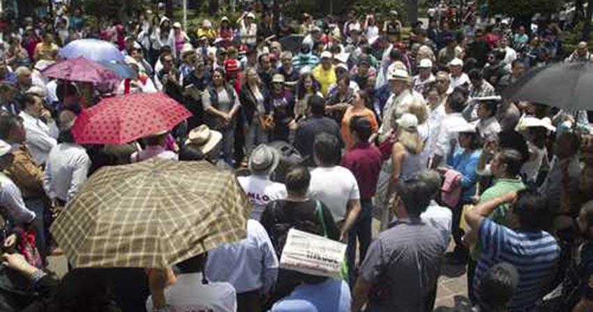 Funcionarios de Coyoacán intentan boicotear asamblea de Morena