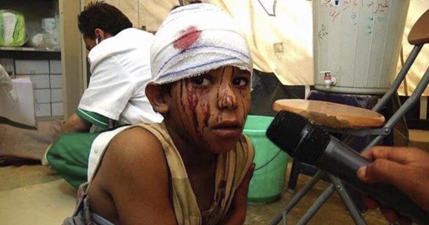 Mueren 10 niños en bombardeo de escuela en Yemen, señalan a Arabia Saudita