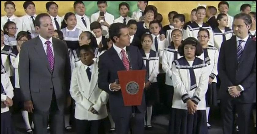 Peña defiende reforma educativa: \