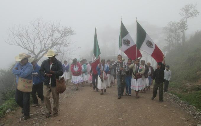 Protesta -hidroelectrica-Puebla