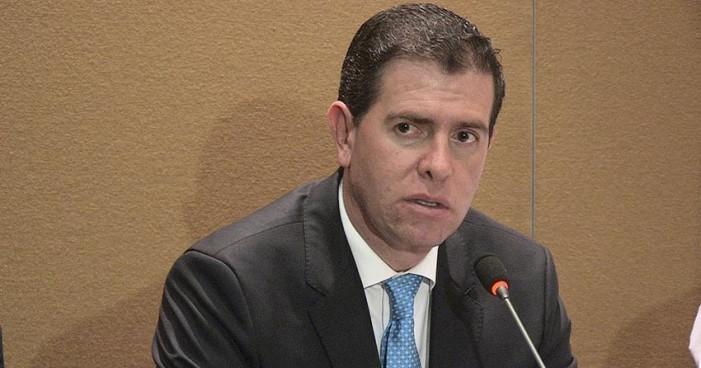 Alfredo Castillo pide perdón, culpa a atletas de malos resultados en Juegos Olímpicos