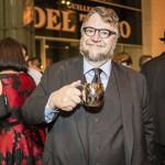 Guillermo del Toro exhibe su colección de monstruos en Museo de Arte de Los Ángeles