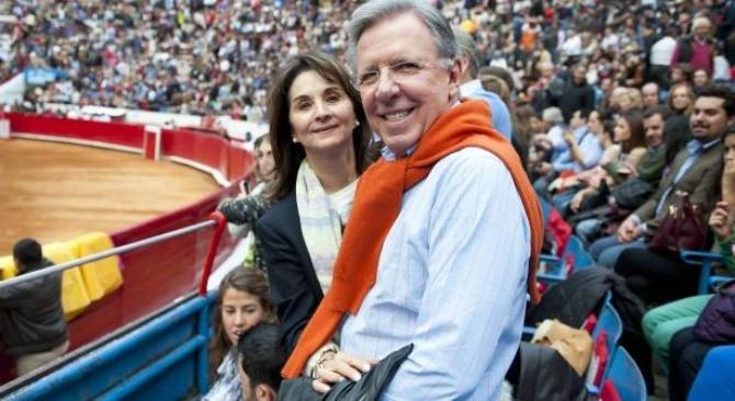 Esposa de López Doriga será citada a declarar, Aramburuzabala gana amparo