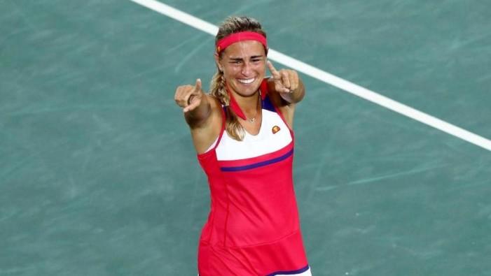 Primera medalla de oro en la historia de Puerto Rico es para la tenista Mónica Puig