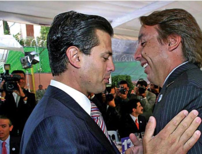 """Dice Azcárraga que es """"mito urbano"""" que Televisa construyó candidatura de Peña Nieto"""