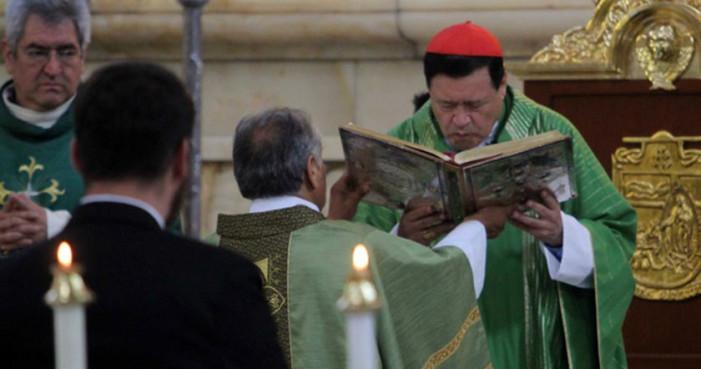 Homosexuales 'enfermos mentales', culpables de 'propagar males sexuales': Arquidiócesis