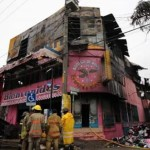 Narcos queman negocio en Chilpancingo por negarse a pagar cuota