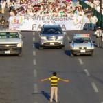 Sufriría 'bullying' niño que enfrentó marcha contra el matrimonio gay